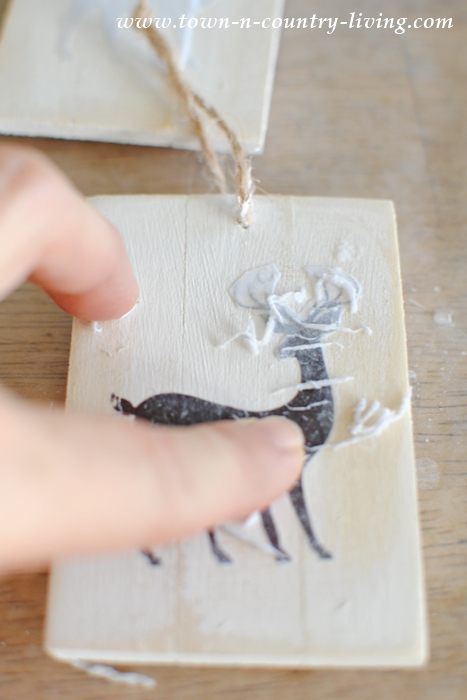 How to transfer images to wood ornaments