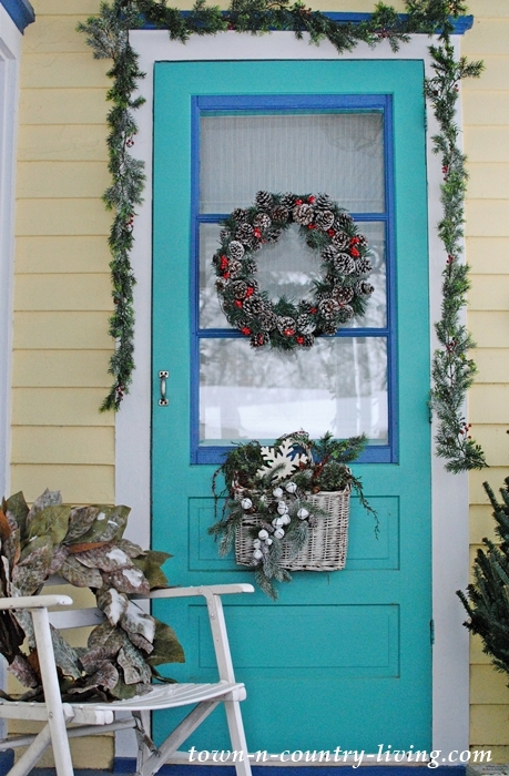 Christmas Farmhouse Porch