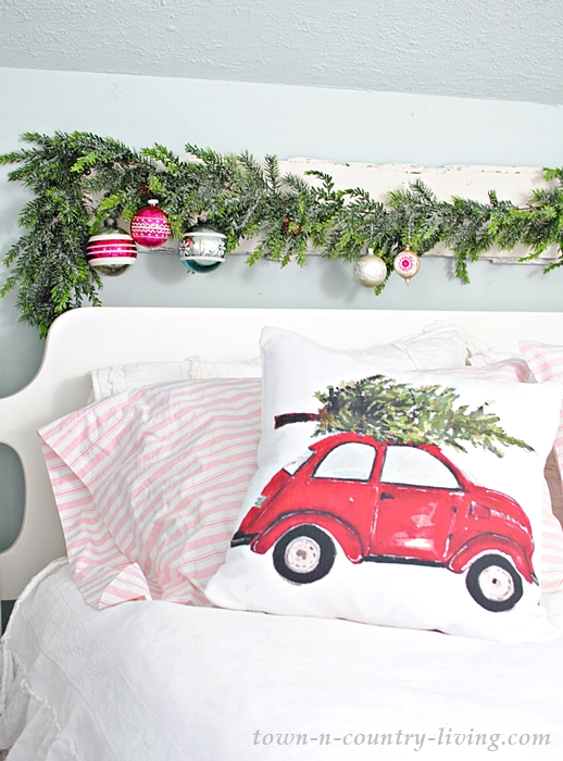 Christmas Decorating Ideas in a Farmhouse Bedroom