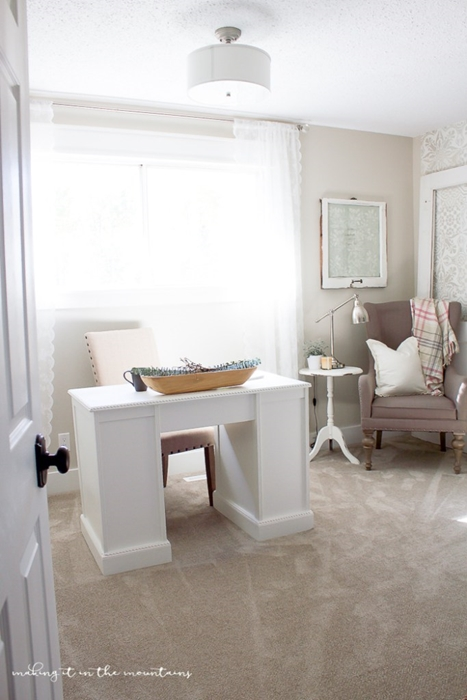 Home Office in Neutral Colors
