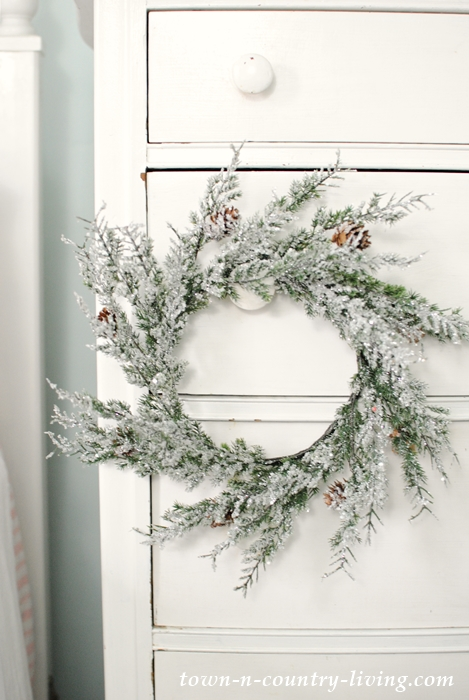 Frosty Christmas Wreath