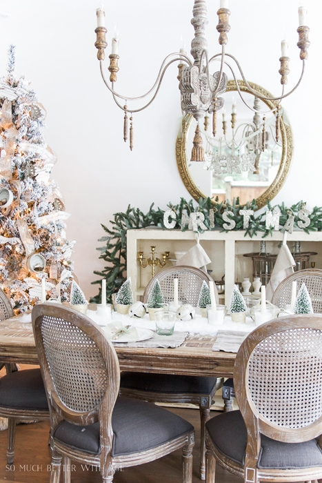 Christmas dinner survival tips town country living for Country living christmas table settings