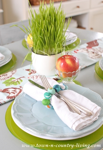 Spring Table Setting with Pantone Greenery