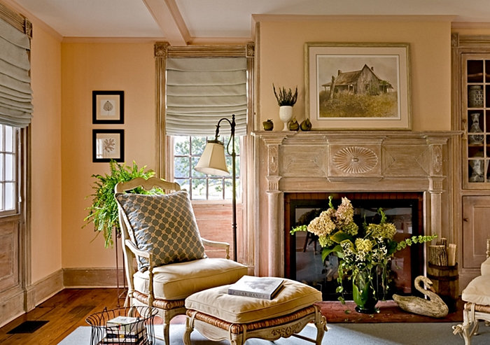 Beautiful Traditional Style Living Room