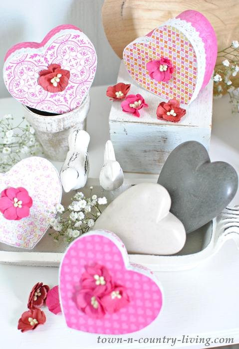 see how to make pretty valentine boxes from plain brown paper mache forms - How To Make Valentine Boxes