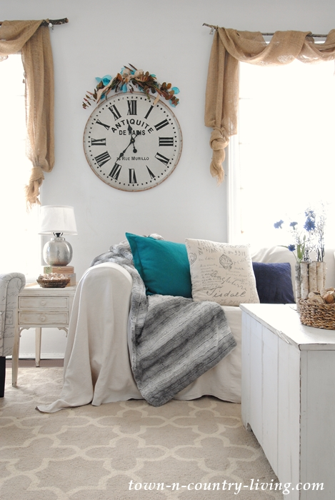Winter Decorating in a Farmhouse Family Room