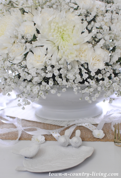 Details of Winter White Table Setting