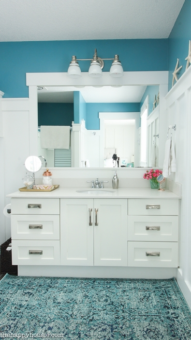 Happy Housie shows how to organize your bathroom