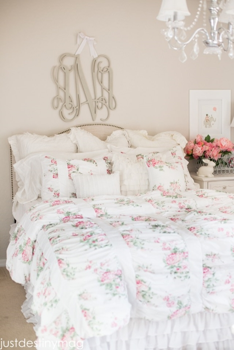 Shabby Chic Bedding in Pretty Florals