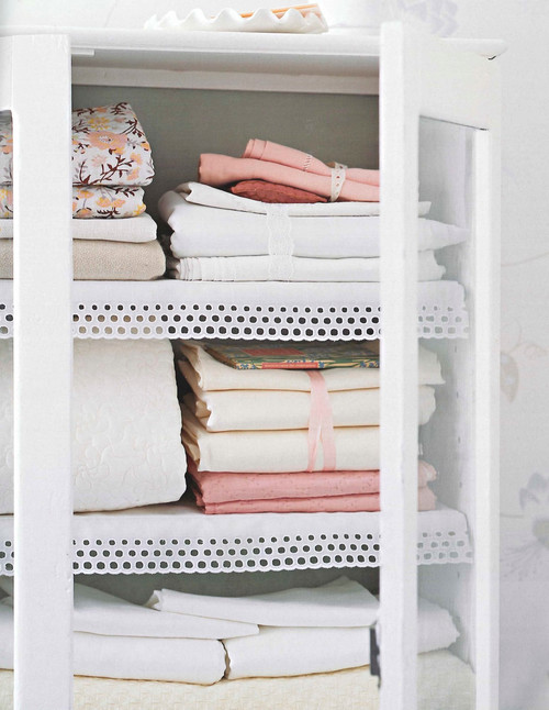 How to create a pretty linen cupboard