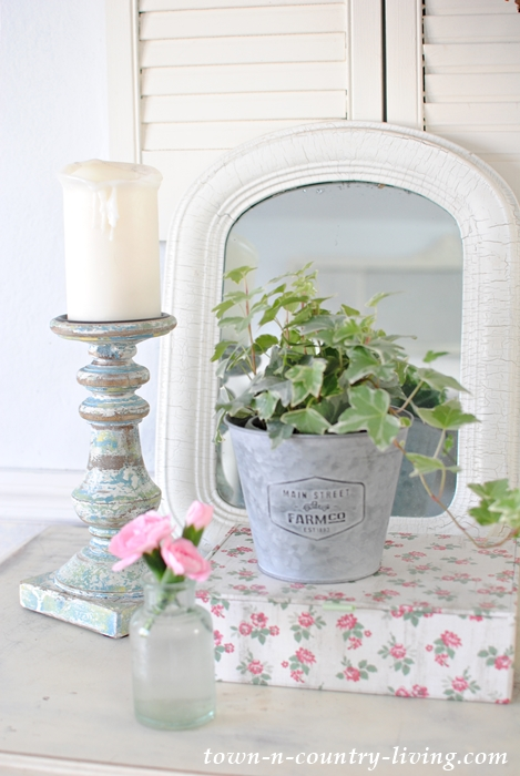 spring vignette, spring decor, spring decorating ideas, shabby chic