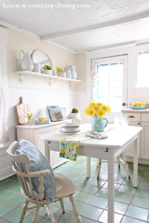 spring home tour, farmhouse kitchen, breakfast nook, dining space, white kitchen, aqua and yellow