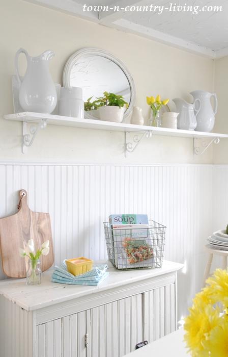 farmhouse kitchen, spring decor, spring home tour, white kitchen