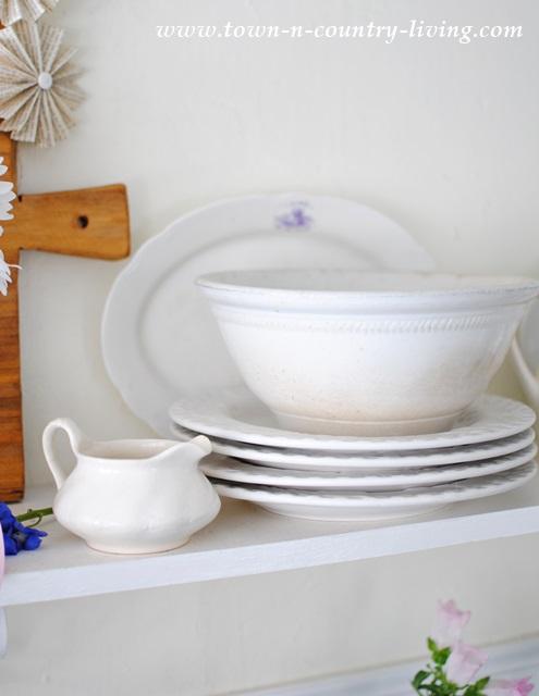 open shelving, farmhouse kitchen, white kitchen, white ironstone