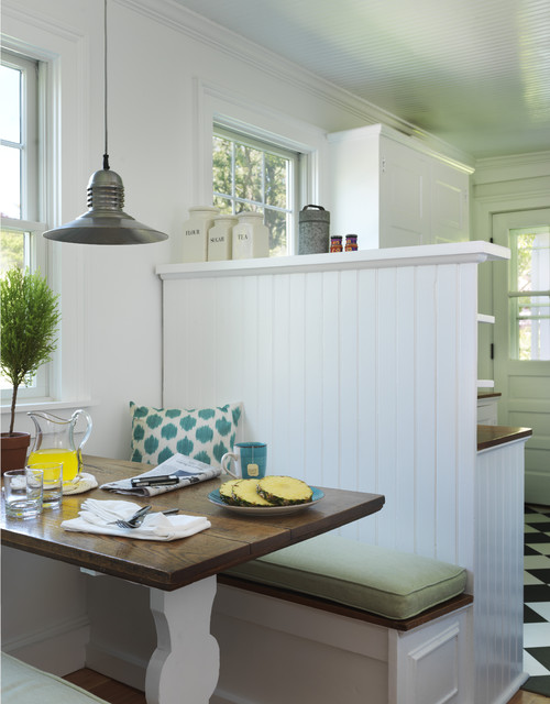 Farmhouse Breakfast Nook with Built-In Bench