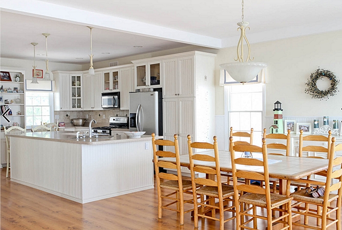 http://www.houzz.com/photos/1267219/Kitchen-beach-style-kitchen-other
