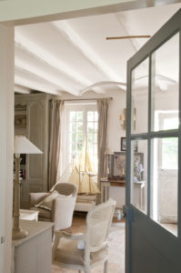 French Country Cottage: Charming Home Tour