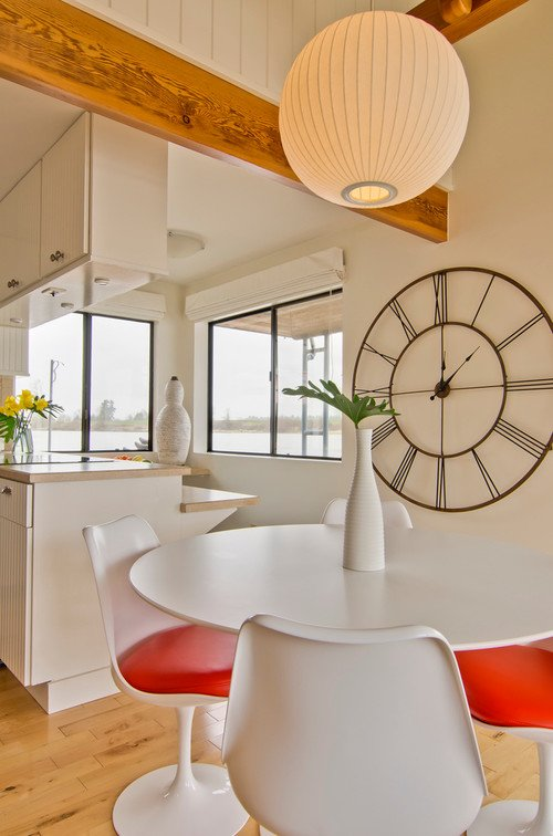 Modern Dining Room in Orange and White