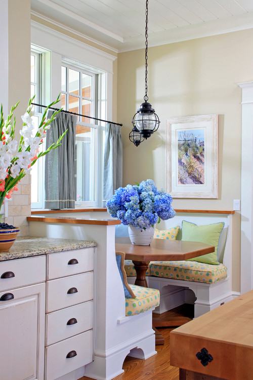 10 charming breakfast nook ideas town country living - Breakfast Nook Ideas