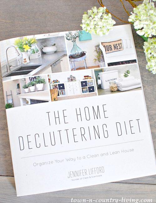 The Home Decluttering Diet, home organization, organizing tips, kitchen organization, living room organization, home office organization, laundry room organization