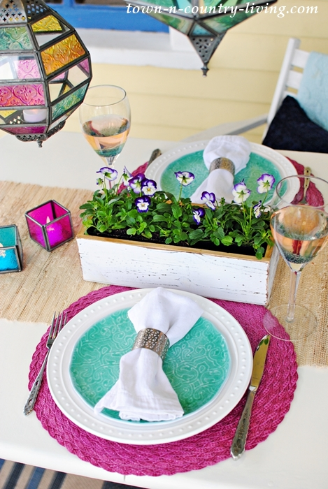 jewel-toned table setting, spring tablescape, outdoor dining, dining al fresco