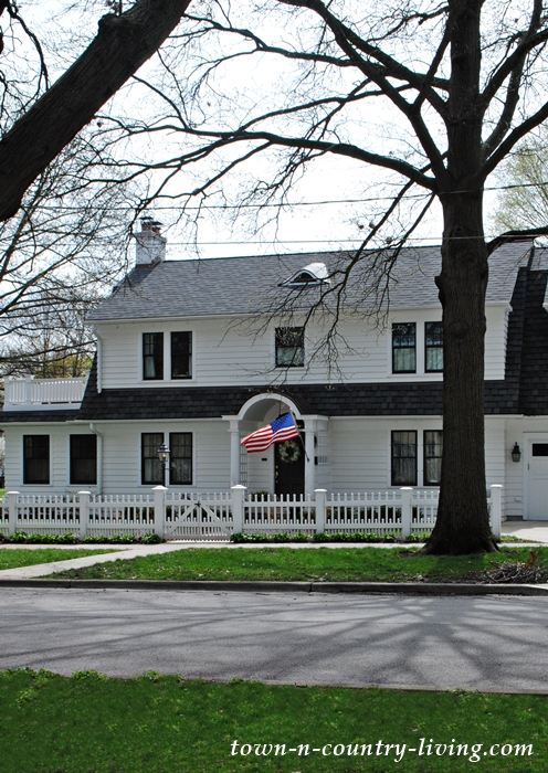 white house, historic home, Colonial home, Geneva, Illinois