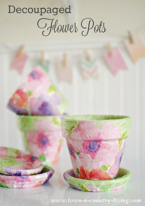 decoupaged flower pots, garden pots