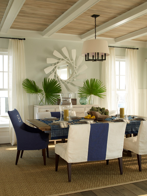 Coastal Style Dining Room in Navy Blue and White