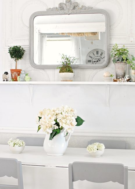 Dining room redo with a simple farmhouse shelf