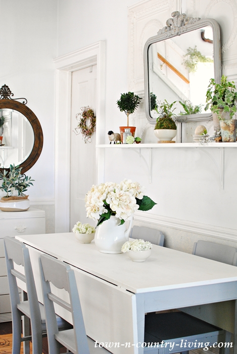 Dining room redo with simple styling and furniture placement