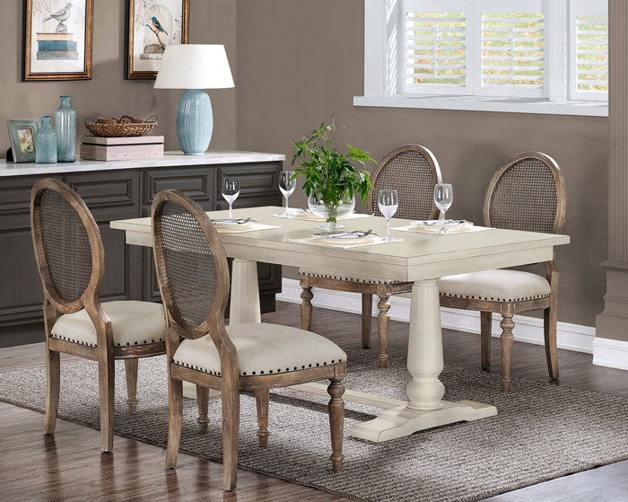 Farmhouse dining room decor ideas town country living for Farmhouse dining room ideas