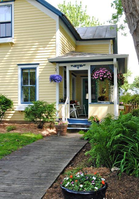farmhouse entry, summer porch