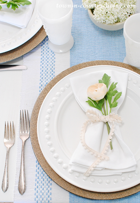 Summer Table Place Setting