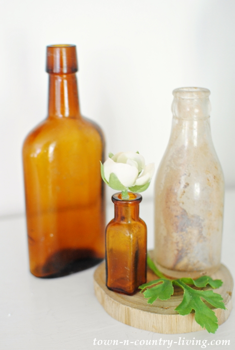 Brown vintage bottles, summer decorating ideas