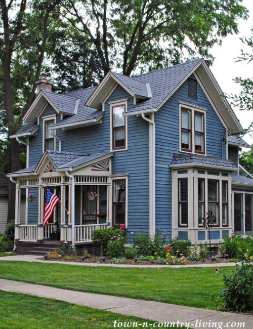 Historic Home, Blue House, Geneva, Illinois