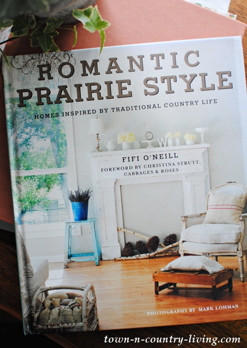 Romantic Prairie Style Book by Fifi O'Neill