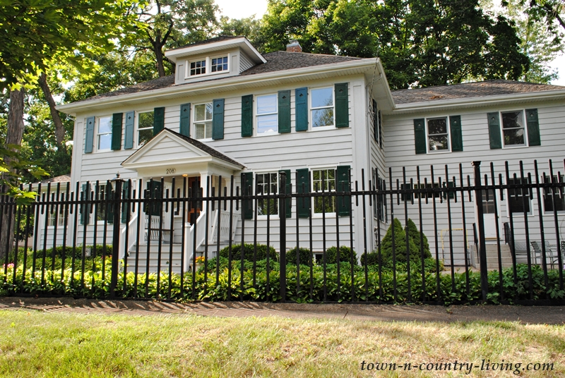Colonial style historic home in Crystal Lake