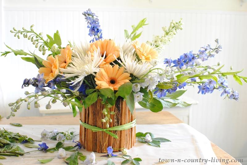 How to Arrange Flowers Like a Pro!