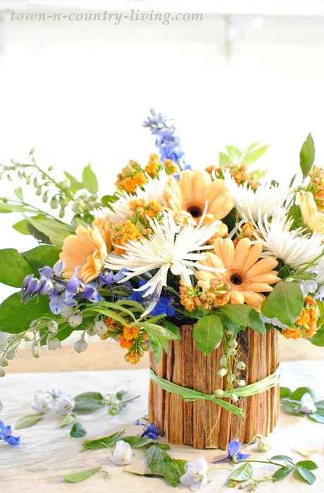 5 steps on how to arrange flowers, with advice from wedding designer, Matthew Robbins