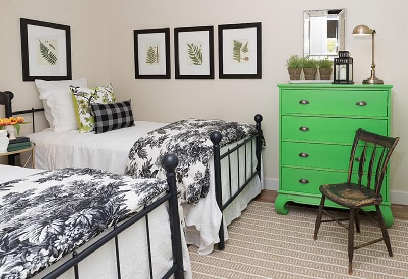 Quebec cottage bedroom