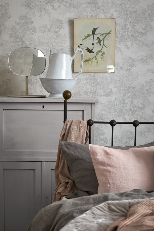 Shabby Chic Bedroom in Country Gray