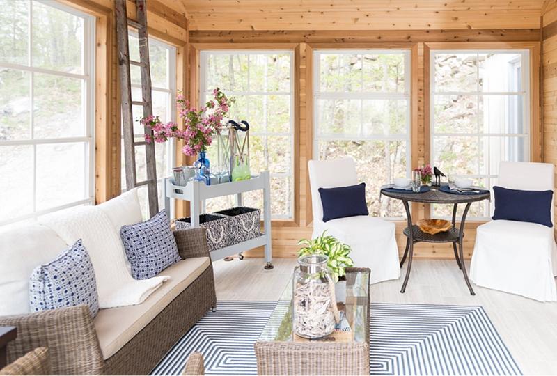 Quebec cottage sun room