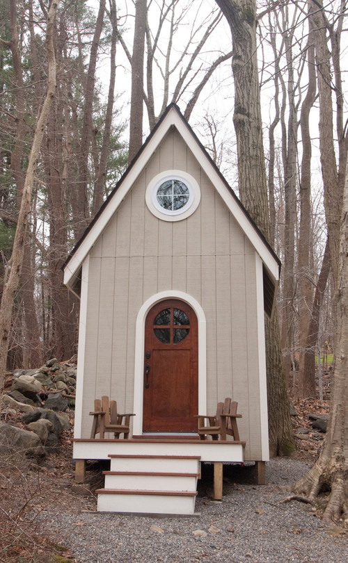 Tiny Guest House - Craftsman Style