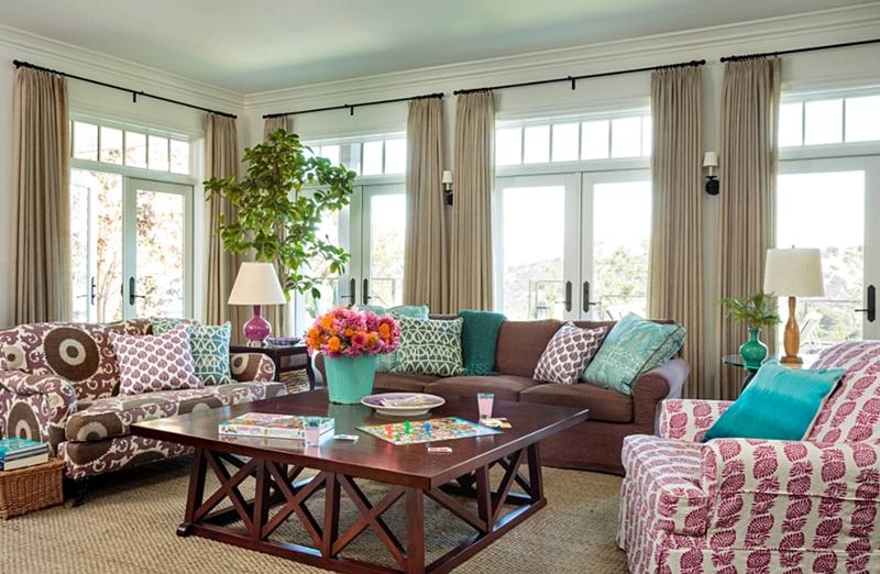 Hamptons house living room