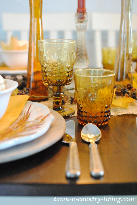 Details of My Thanksgiving Day Table Setting