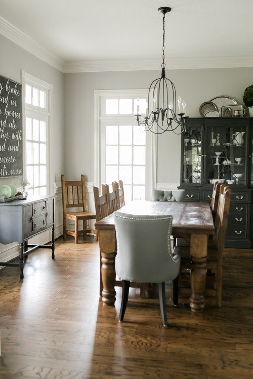 Country Farmhouse Dining Room