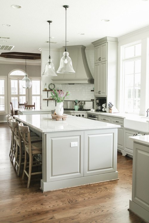 Country Style Kitchen with Large Island