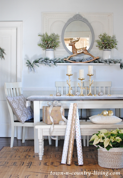 Country Style Christmas Home Tour - Dining Room