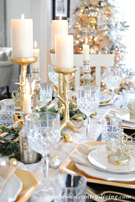 Holiday Table Setting with Gold and Crystal & Gold and Crystal Holiday Table Setting - Town \u0026 Country Living