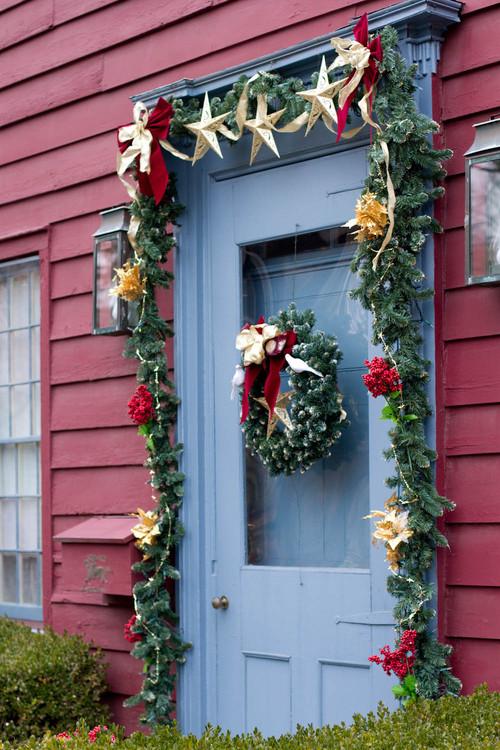 New England Christmas Entryway